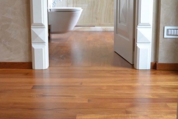 Pavimento in legno massello - Colico