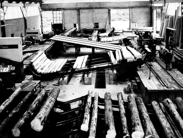 Segheria Ghilotti - foto storica lavorazione legno